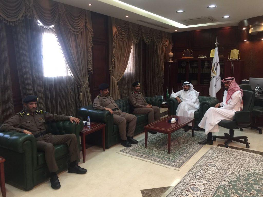 مدير جامعة الأمير سطام بن عبدالعزيز يستقبل مدير إدارة الدفاع المدني بمحافظة الخرج