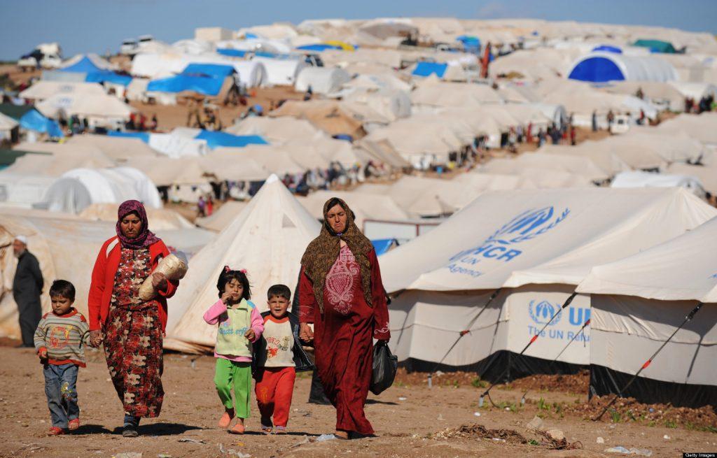 """""""أزمة كبيرة"""" تلاحق اللاجئين في العالم"""