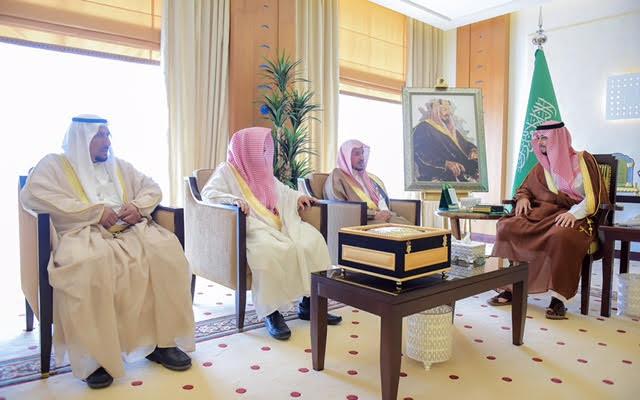 نائب أمير القصيم ينوه بجهود القيادة في العناية بالمساجد