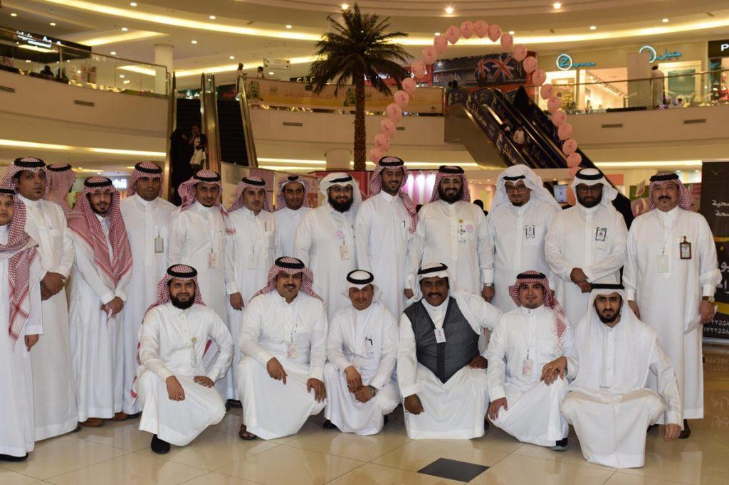 الغزواني يفتتح المعرض التوعوي عن سرطان الثدي