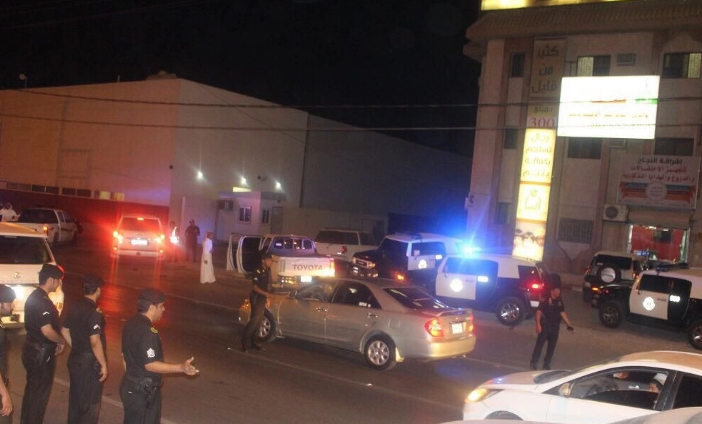 دوريات الأمن تضبط عشرات المخالفين بوادي الدواسر