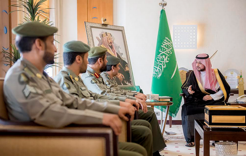 نائب أمير القصيم يشيد بتقرير جوازات المنطقة والجهود المبذولة لمنسوبيها خدمة للمراجعين