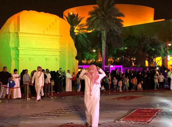 معارض ملتقى آثار المملكة تستمر في استقبال الزوار حتى 30 ربيع الأول ( 18 ديسمبر)