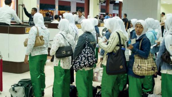 تفاصيل جديدة حول تحديد أسعار استقدام العمالة المنزلية الإندونيسية ورواتبها