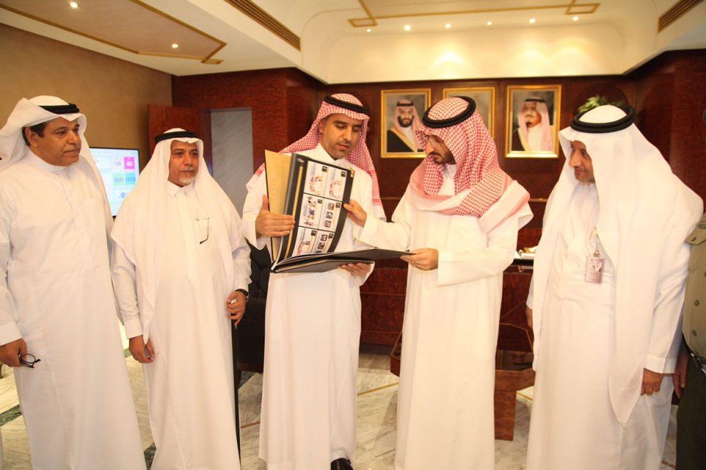 نائب أمير مكة يتسلم تقرير حملة الحج عبادة وسلوك حضاري لموسم حج العام الماضي