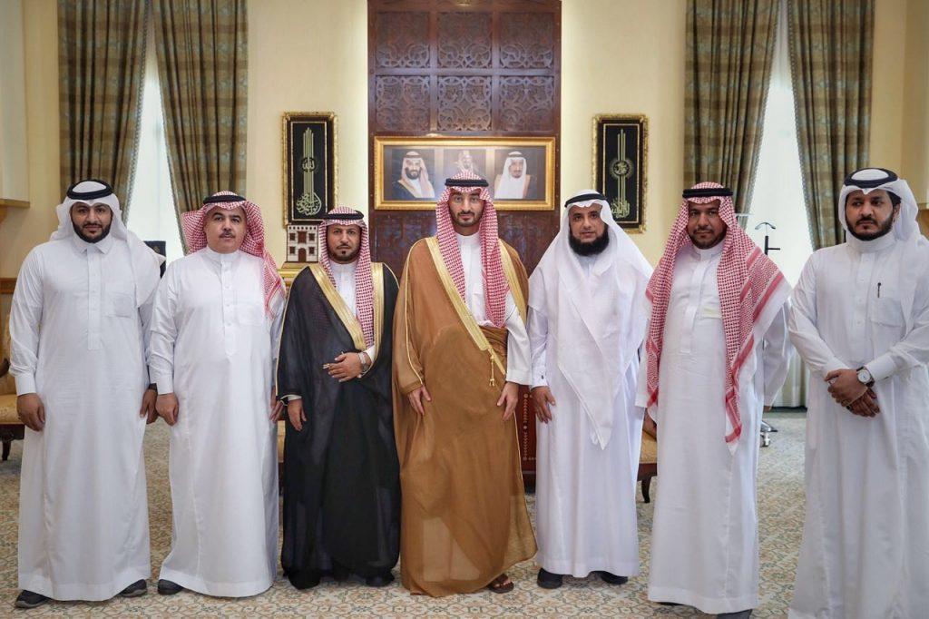 نائب أمير مكة يلتقي مدير فرع مركز المعلومات الوطني بالمنطقة