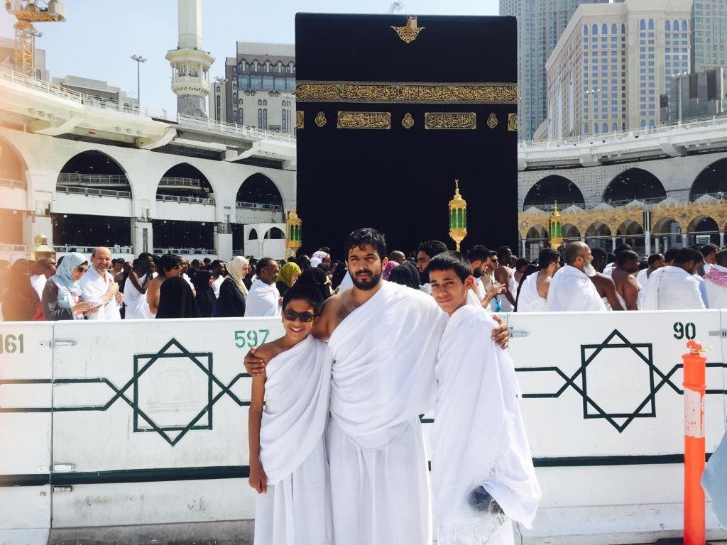 أيتام مركز د. ناصر الرشيد بحائل إلی مكة لأداء مناسك العمرة