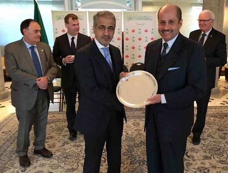 سفير خادم الحرمين الشريفين لدى كندا يقيم حفل توديع لعميد السلك الدبلوماسي العربي