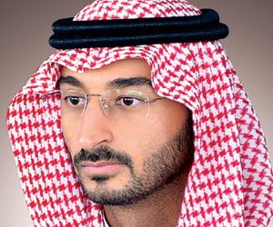 نائب أمير منطقة مكة ينقل تعازي القيادة لذوي الشهيد الشمراني