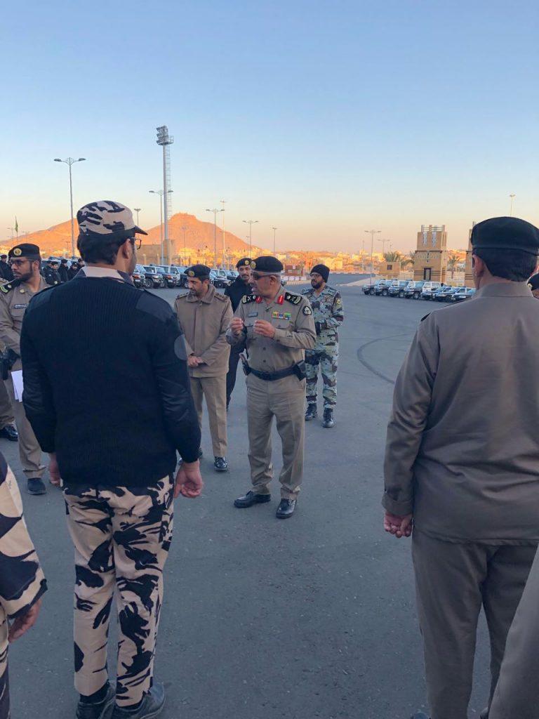 """بالفيديو والصور .. مدير شرطة منطقة عسير يقود مرحلة جديدة لحملة """"وطن بلا مخالف"""" بالمنطقة"""
