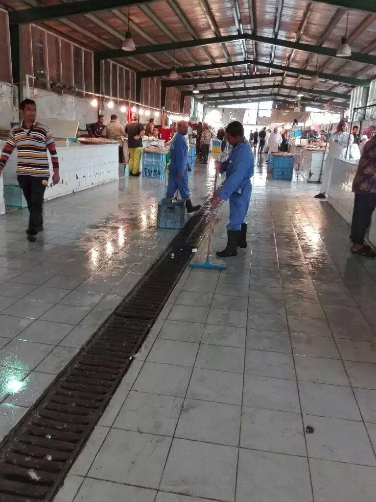 بلدية القطيف.. تشكيل لجنة لضبط العمالة المخالفة في سوق الاسماك