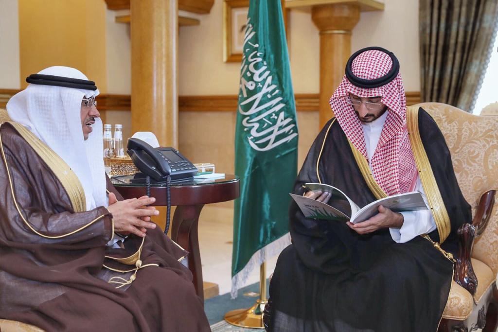 نائب أمير مكة يلتقي مدير عام فرع صندوق التنمية الزراعية بالمنطقة