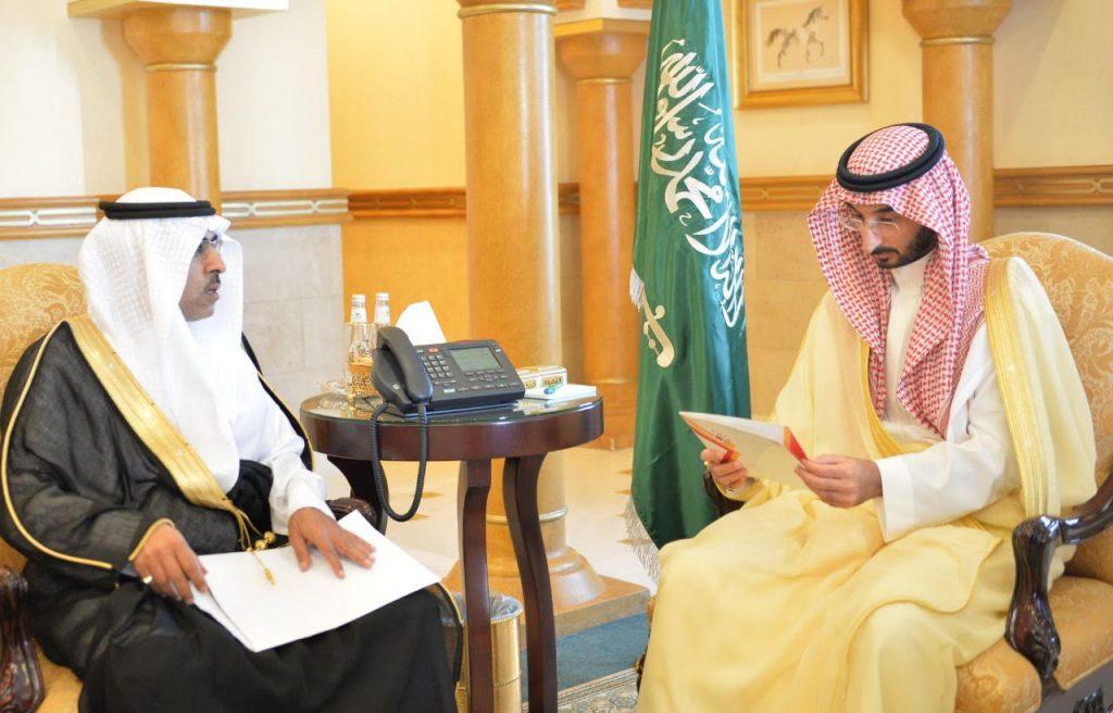 نائب أمير منطقة مكة المكرمة يلتقي رئيس منتدى الإدارة والأعمال