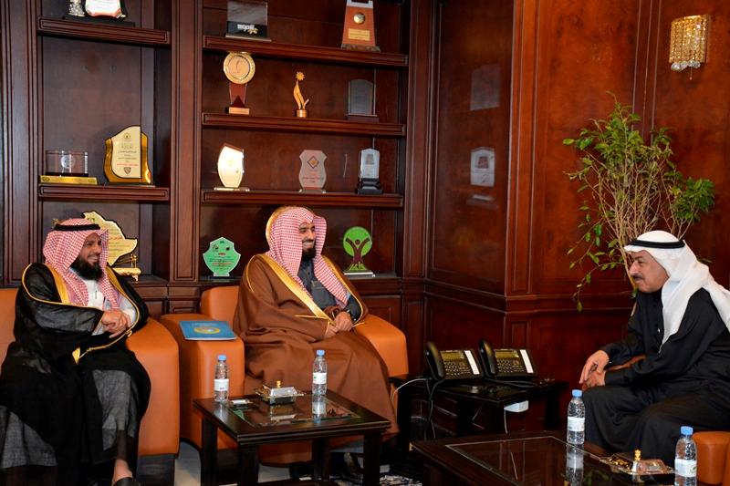 أمين نجران يلتقي مدير عام فرع هيئة الأمر بالمعروف بالمنطقة