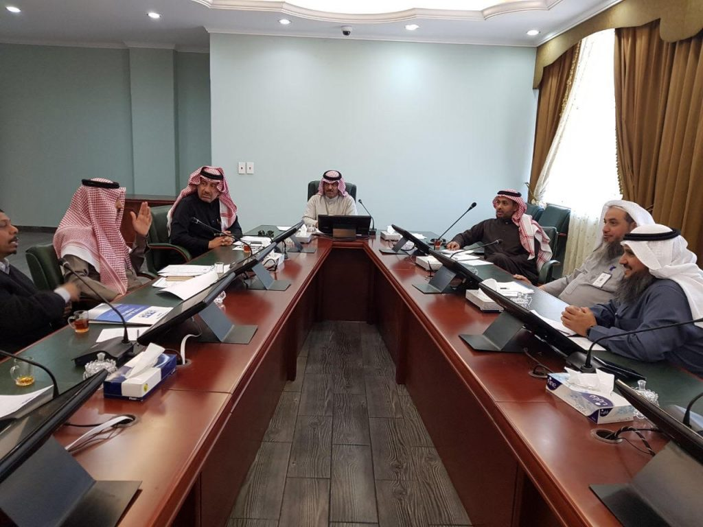 اللجنة الصناعية بغرفة تبوك التجارية تعقد اجتماعها الخامس