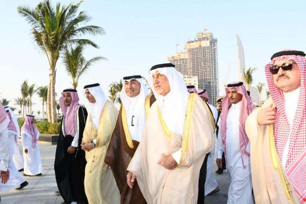 """أمير مكة المكرمة: كنت اُْردد ارفع رأسك أنت سعودي واليوم اقول """" رفعت الراس ياسعودي"""""""