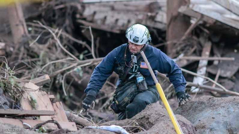 استمرار البحث عن مفقودين في انهيارات طينية في كاليفورنيا