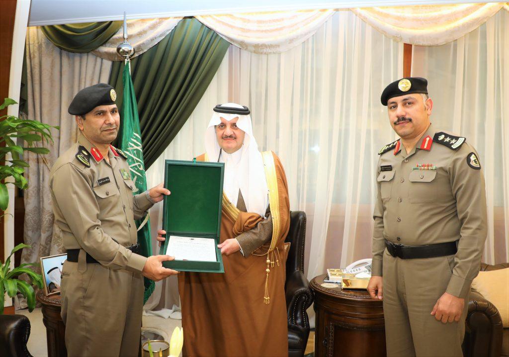 الأمير سعود بن نايف يطلع على التقرير السنوي لشرطة المنطقة الشرقية