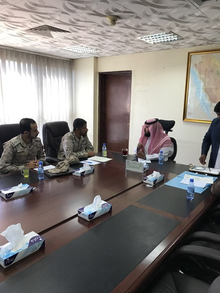 مدير الشؤون الاسلامية بنجران يلتقي مسؤول الشؤون الدينية بالقوات المسلحة بالمنطقة