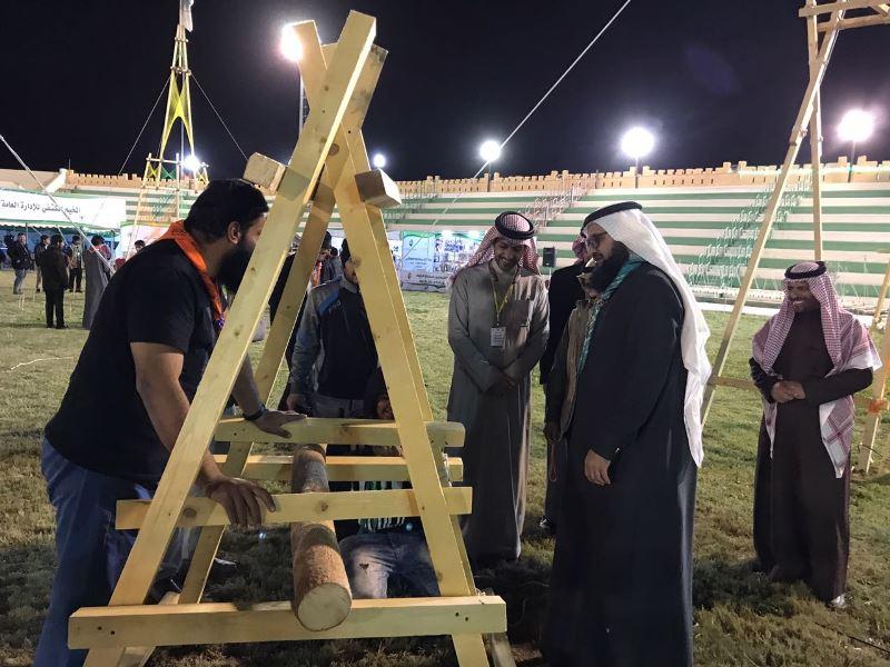الزيدان يتفقد مقرات تعليم الجوف المشاركة في مهرجان الزيتون