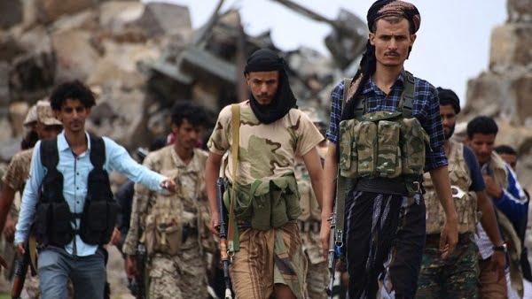مقتل أحد قيادات ميليشيات الحوثي و إصابة 4 آخرين بكمين مسلح نفذته مقاومة البيضاء بمديرية الرياشية