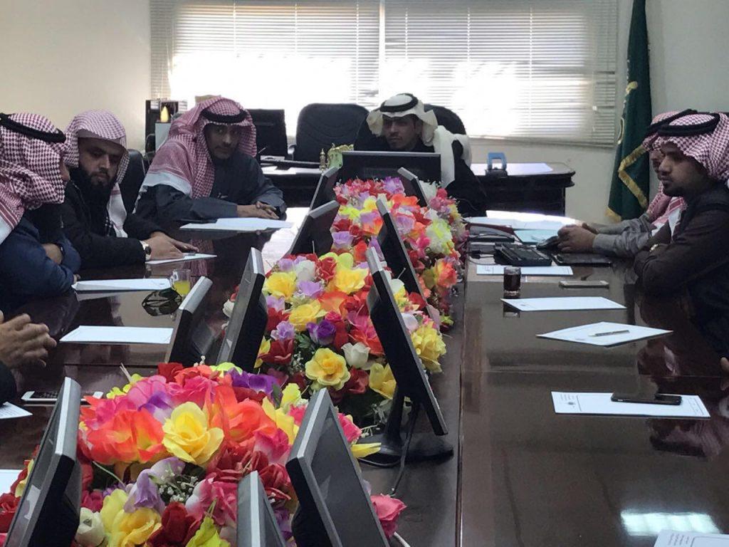 المجلس البلدي يعقد بتيماء اجتماعه الـ24