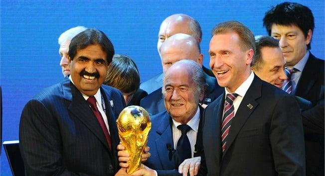 """بلاتر يكشف فصول جديدة من فضيحة """"مونديال قطر"""""""