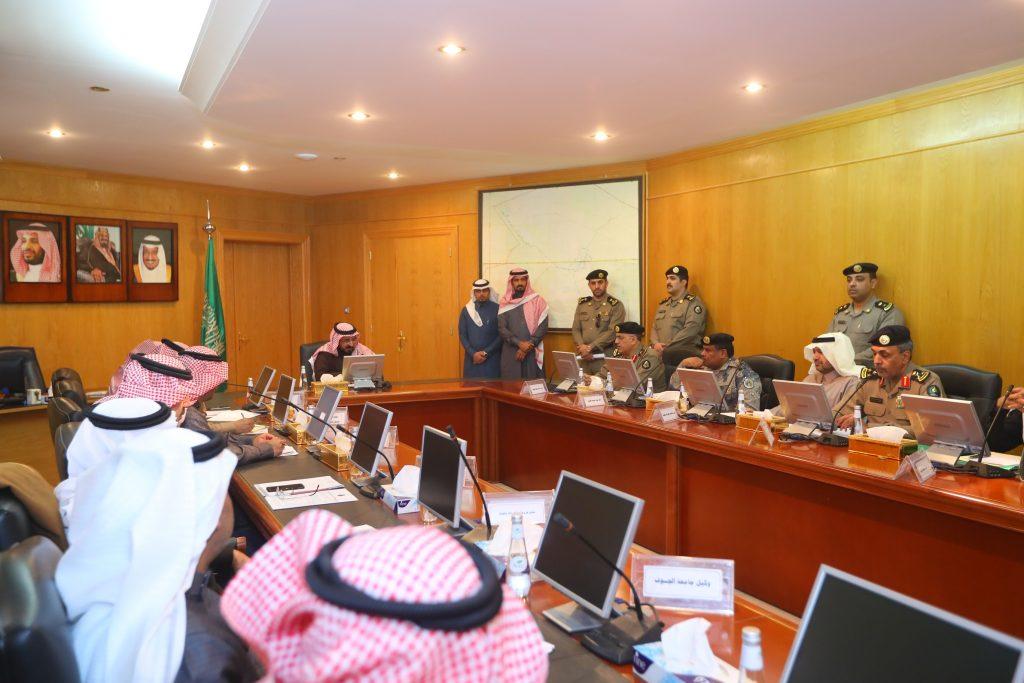 برئاسة وكيل إمارة الجوف .. الاجتماع الثاني للأجهزة الحكومية للمرحلة الثانية من حملة #وطن_بلا_مخالف