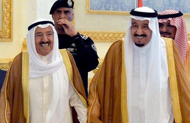 خادم الحرمين يجري اتصالاً هاتفيًا بأمير الكويت