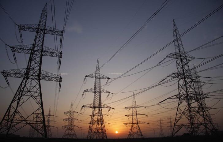 الشركة الوطنية لنقل الكهرباء تجدد مذكرة التفاهم مع شنايدر إلكتريك لتعزيز موثوقية الكهرباء في المملكة