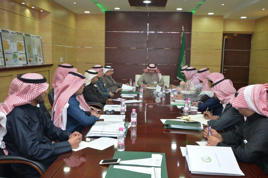لجنة تنسيق المشاريع بالجوف تتخذ عدد من التوصيات خلال اجتماعاتها
