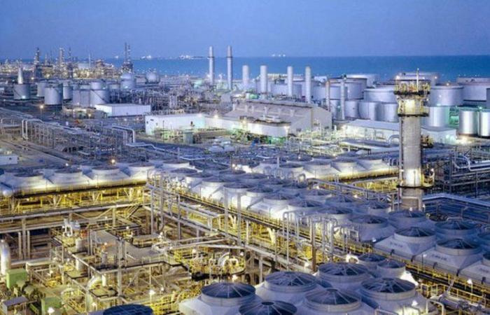 """رسمياً.. تحول """"أرامكو السعودية"""" إلى شركة مساهمة ابتداء من الشهر الجاري"""