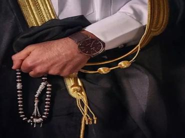 """توفي بعد شهر من الزواج…وقف خدمات ورثة """"ملياردير سعودي"""" بسبب أرملته السورية!"""