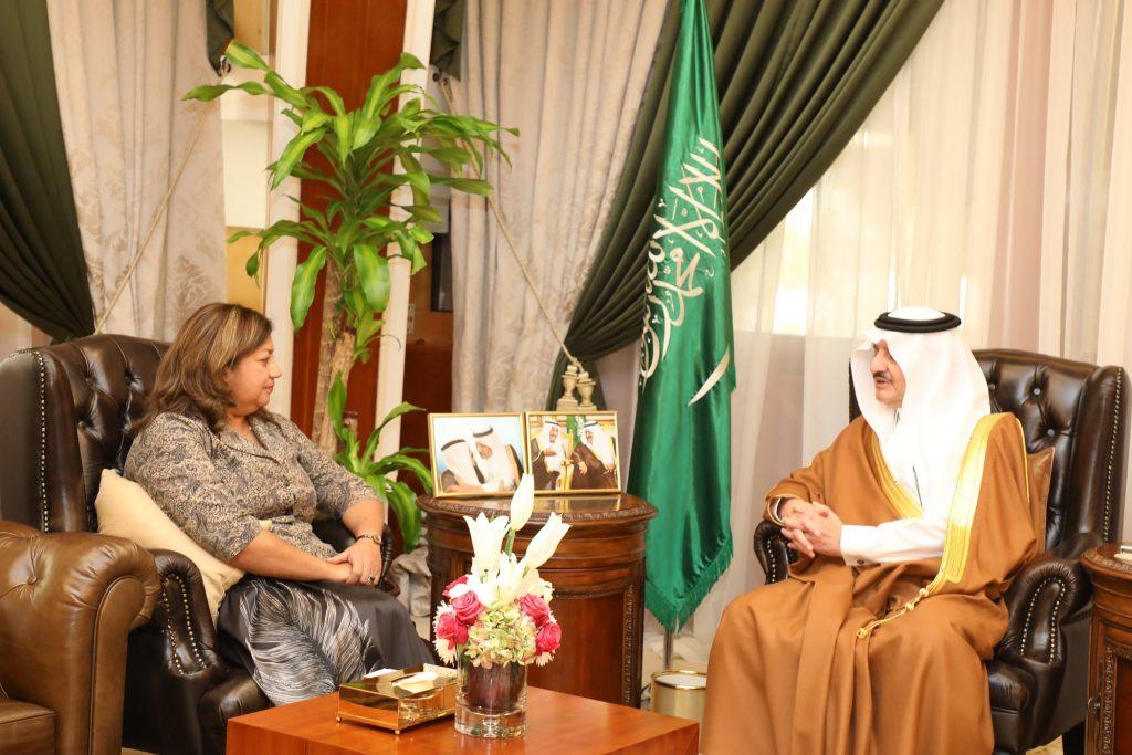 الأمير سعود بن نايف يستقبل القنصل العام الأمريكي بالظهران