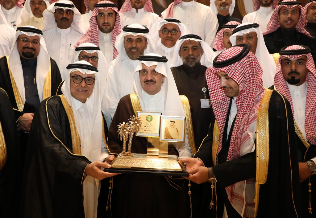 الأمير سعود بن نايف يؤكد على أهمية الثروة الحيوانية وتوفير الغطاء النباتي اللازم لها