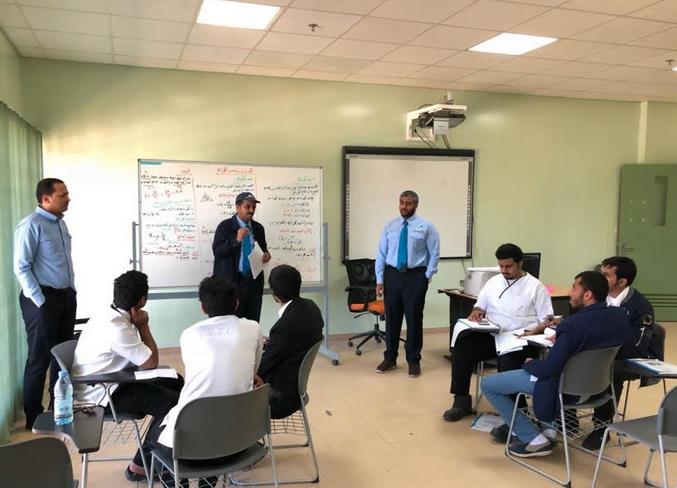 الكلية التقنية بنجران تنفذ جولة للتعريف بقواعد السلوك والمواظبة للمتدربين