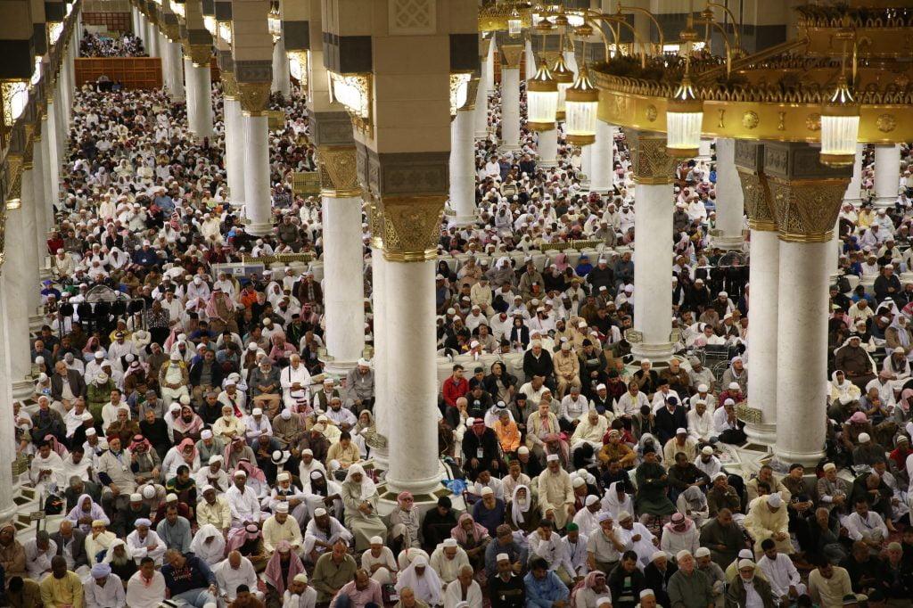 الشيخ الحذيفي في خطبة الجمعة : على المسلم أن يحافظ على أسباب حسن الخاتمة بإقامة أركان الاسلام الخمسة واجتناب المآثم والمظالم