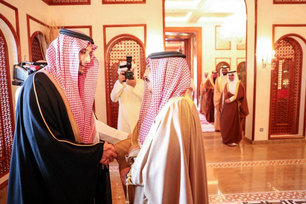 ملك البحرين يستقبل نائب أمير المنطقة الشرقية