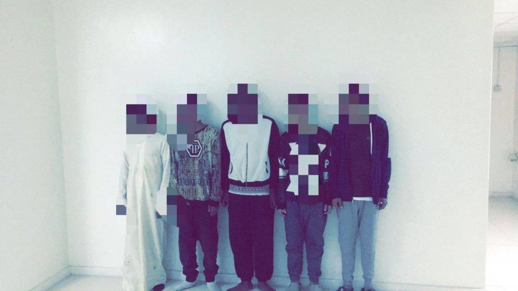 شرطة الرياض تقبض على 5 مواطنين هاجموا مواطن واطلقوا النار على سيارته ومنزله