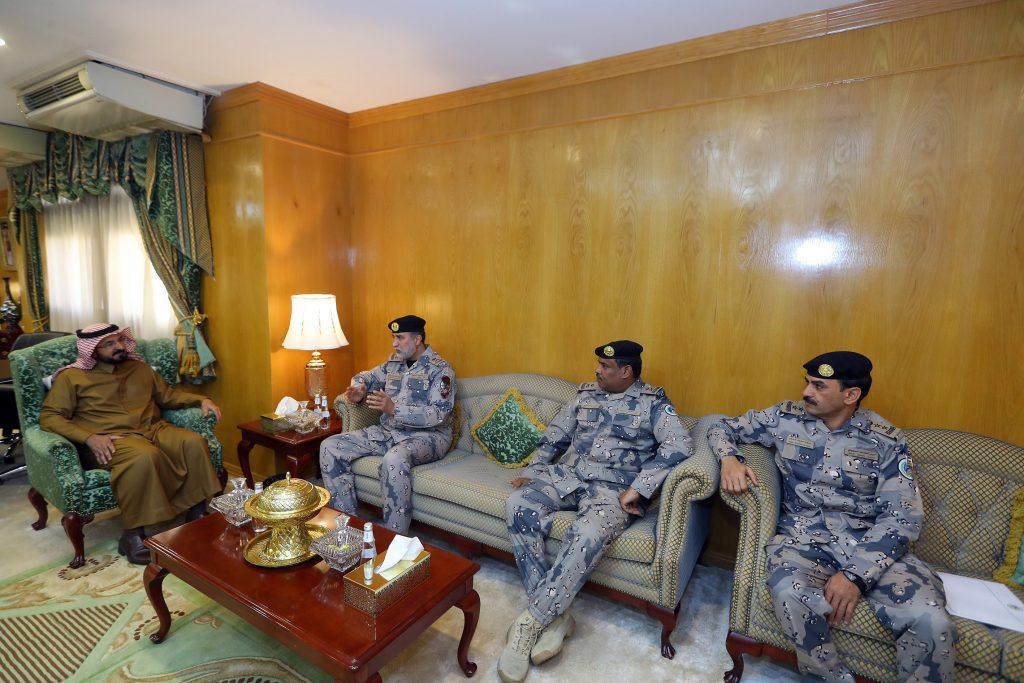وكيل إمارة الجوف يلتقي اللواء الفقير بمناسبة تعيينه قائدا لقطاع حرس الحدود بالمنطقة