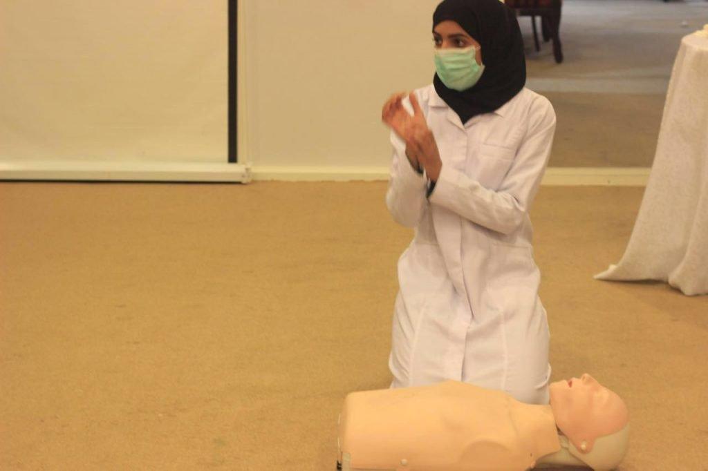 هلال الباحة يقيم دورة للمتطوعات في برنامج الأمير نايف للاسعافات الأولية