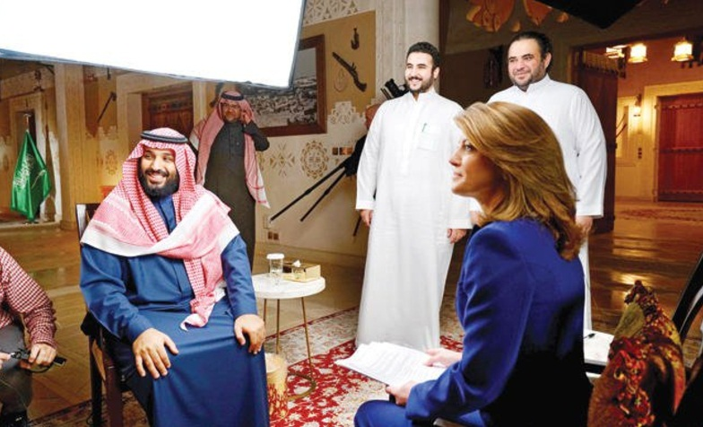"""مذيعة """"60 دقيقة"""" تكشف كواليس لقاء ولي العهد .. وتؤكد : ليس للسعوديين ما يخفونه"""