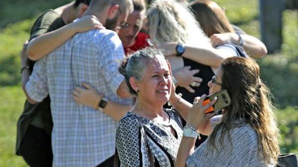 بعد مجزرة فلوريدا.. قانون يسمح لبعض المدرسين حمل السلاح
