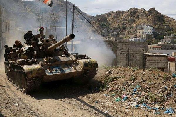 الشرعية تحرر سلسلة جبال رياعين والأدمغ في صنعاء