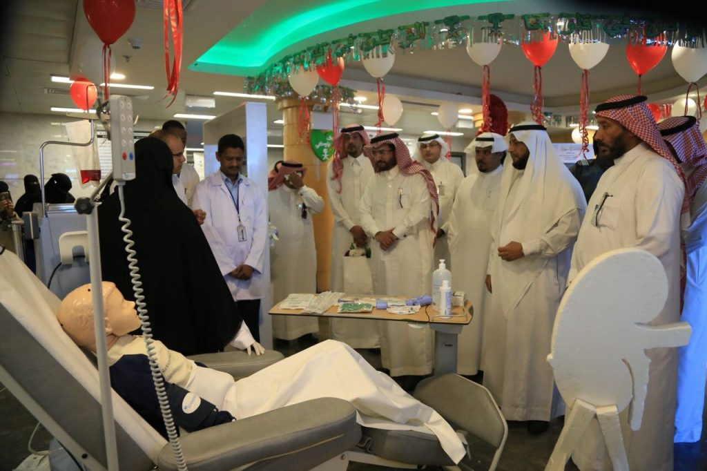 مدير عام صحة تبوك يفتتح 3 عيادات تخصصية بمستشفى ضباء