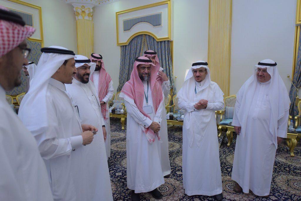 معالي مدير جامعة الباحة يفتتح اللقاء العاشر لعمداء معاهد البحوث والاستشارات بالجامعات