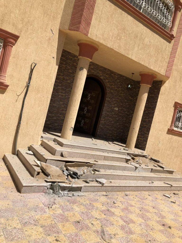 اصابة مقيمة بشظايا مقذوفات حوثية بنجران