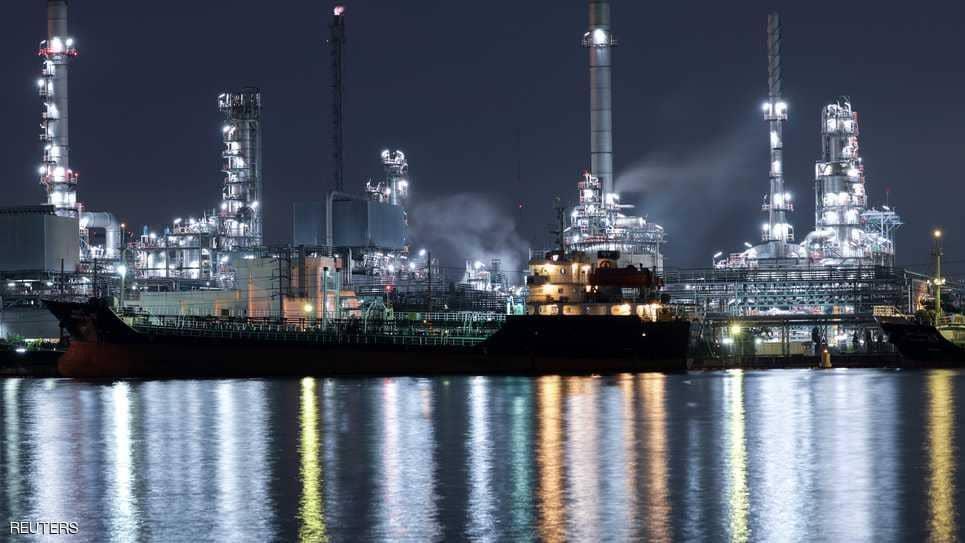 النفط يقفز لأعلى مستوى خلال 3 سنوات