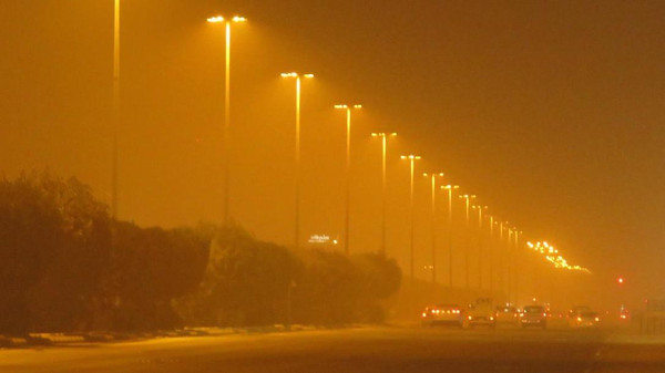 موجة غبار تجتاح الرياض وعدد من مدن محافظات المنطقة