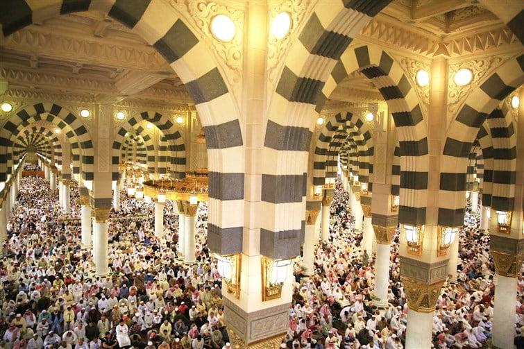فضيلة الشيخ القاسم في خطبة الجمعة من المسجد النبوي : ليس في الدنيا على الخلق أشدُ فتنة من إبليس وجنوده